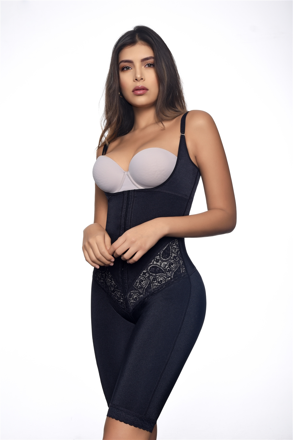 fc0a1dafae8 Vedette Braless Full Bodysuit Above the Knee 117